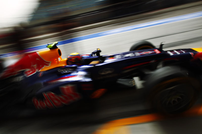 Webber larga em terceiro no Bahrein