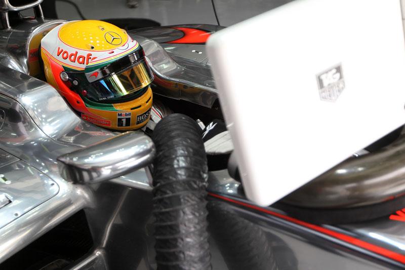 Lewis Hamilton é o líder do campeonato