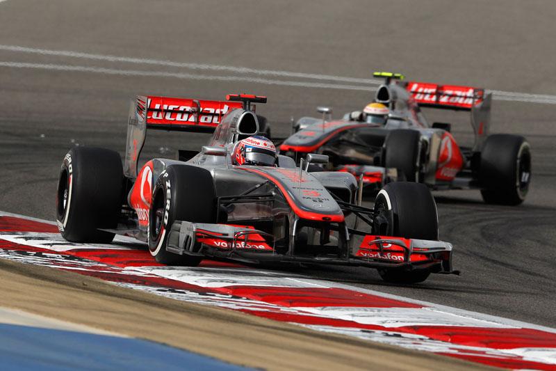 Button abandonou a prova no Bahrein