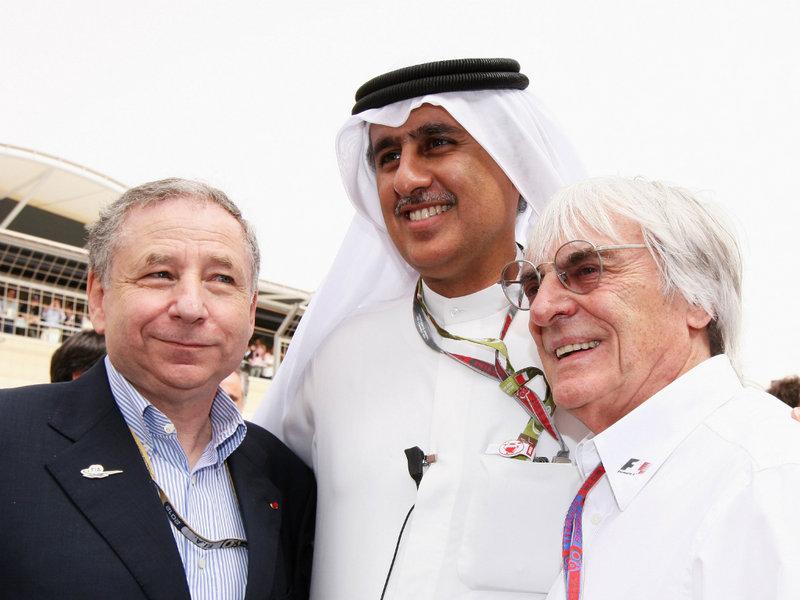 Jean Todt, Zayed Rashed Al Zayani e Ecclestone no grid antes da largada