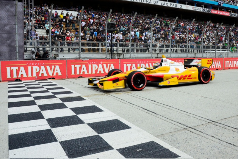 Hunter-Reay é top-6 pela terceira vez no ano