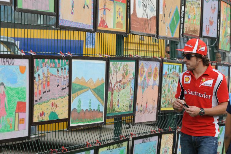 Desenhos ficaram expostos durante o GP de 2011