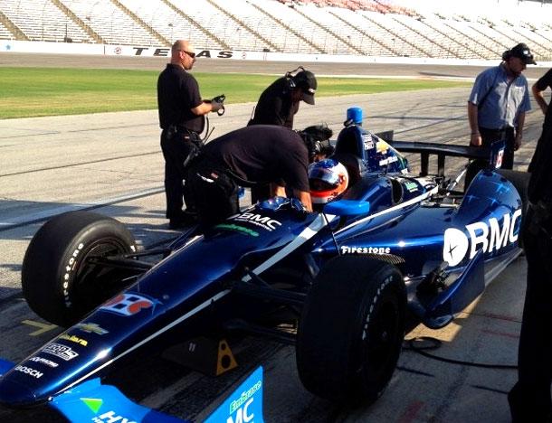 Barrichello se prepara para ir à pista (Reprodução/Twitter/Rubens Barrichello)