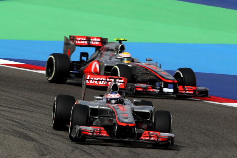 Jenson Button e Lewis Hamilton