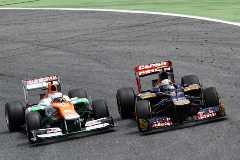 Force India lutando com a