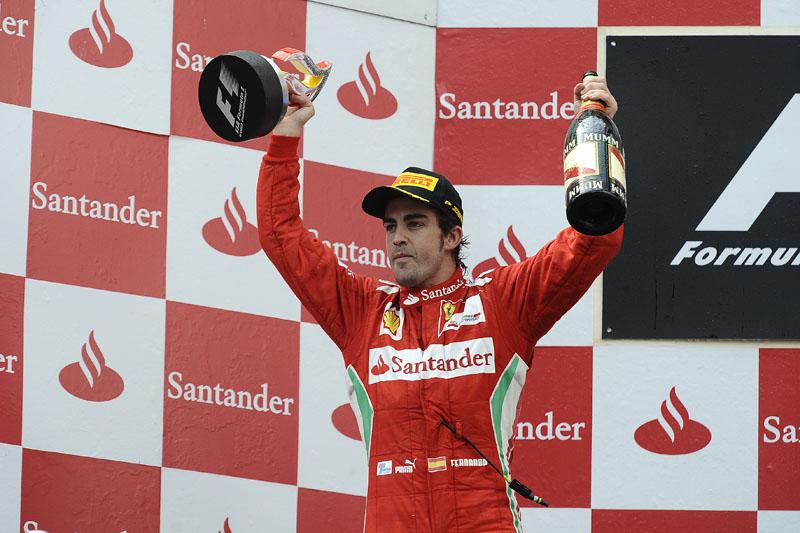Alonso está empatado na liderança do campeonato com Vettel