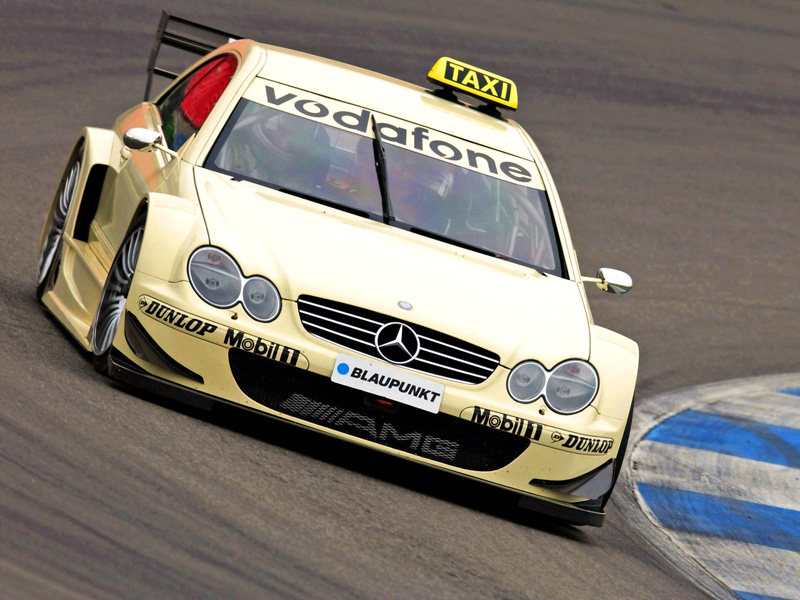 Carro táxi do DTM de 2004