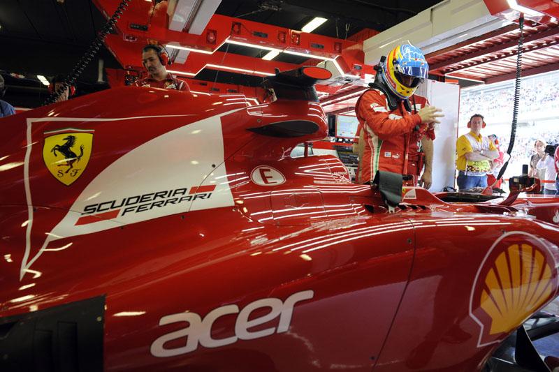 Com carro bastante modificado, Alonso foi segundo na Espanha