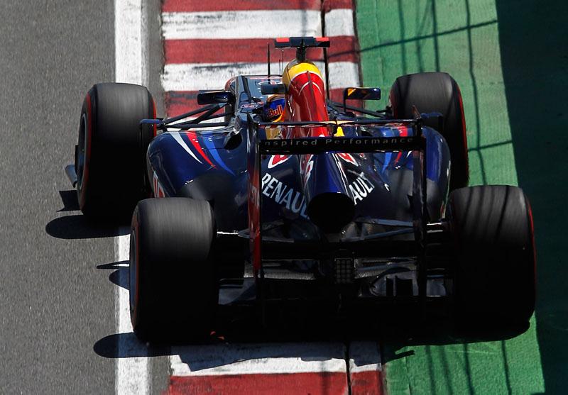 Vettel liderou parte da prova