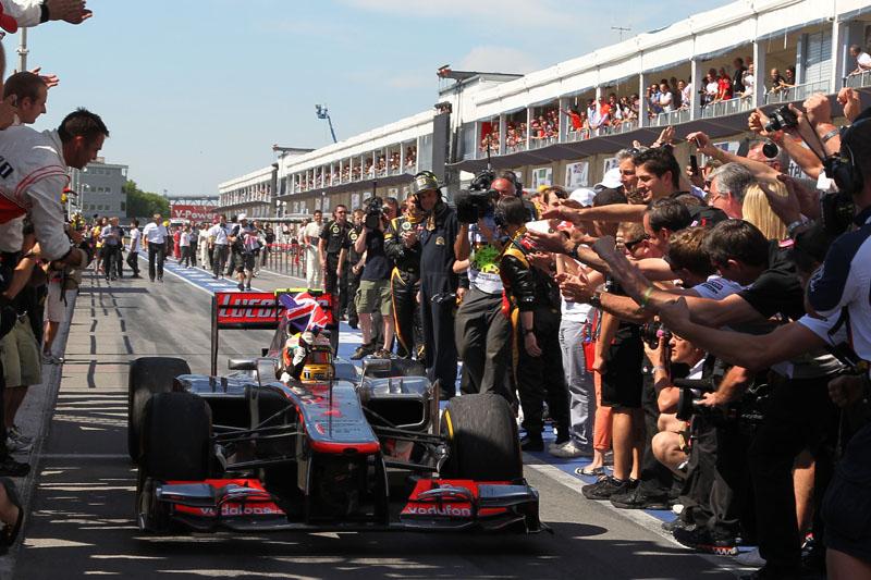 Hamilton venceu o GP do Canadá pela terceira vez