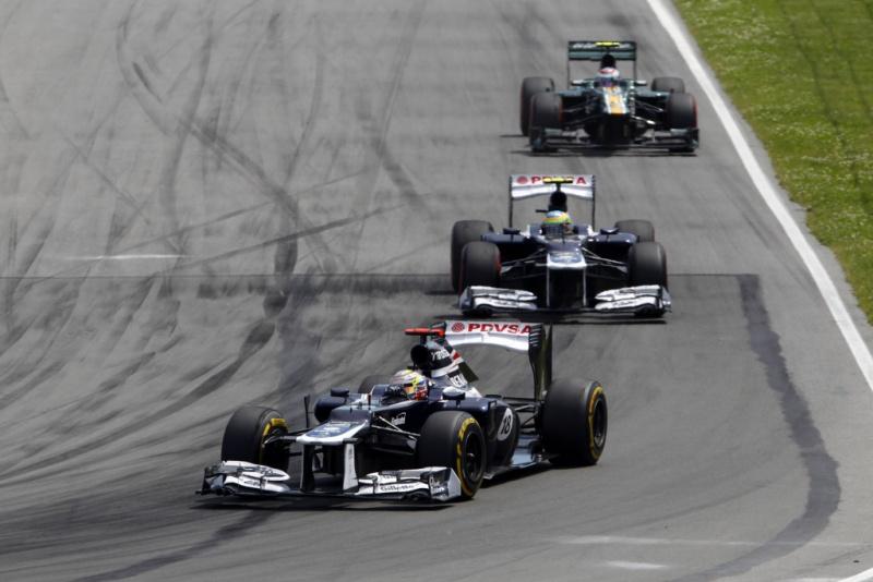 Williams andaram junto das Caterham por parte da corrida