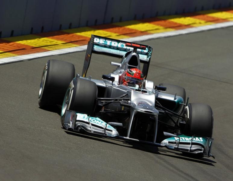 Schumacher demorou 46 GPs para chegar ao pódio após retorno