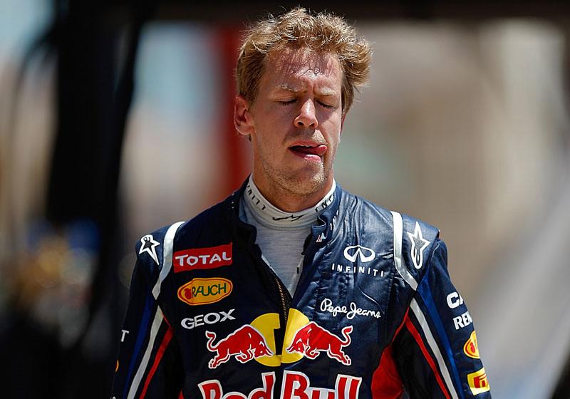 Vettel voltou a pé aos boxes