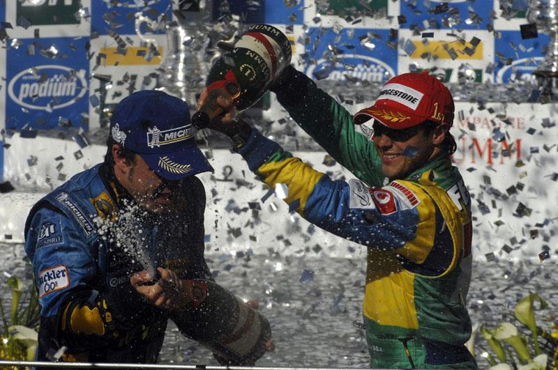 Primeira vitória de Massa em Interlagos, em 2006