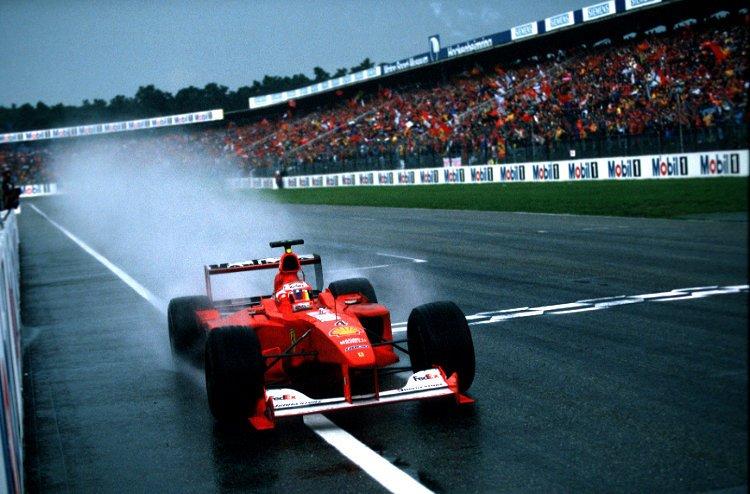 Barrichello comemora sua primeira vitória na F-1