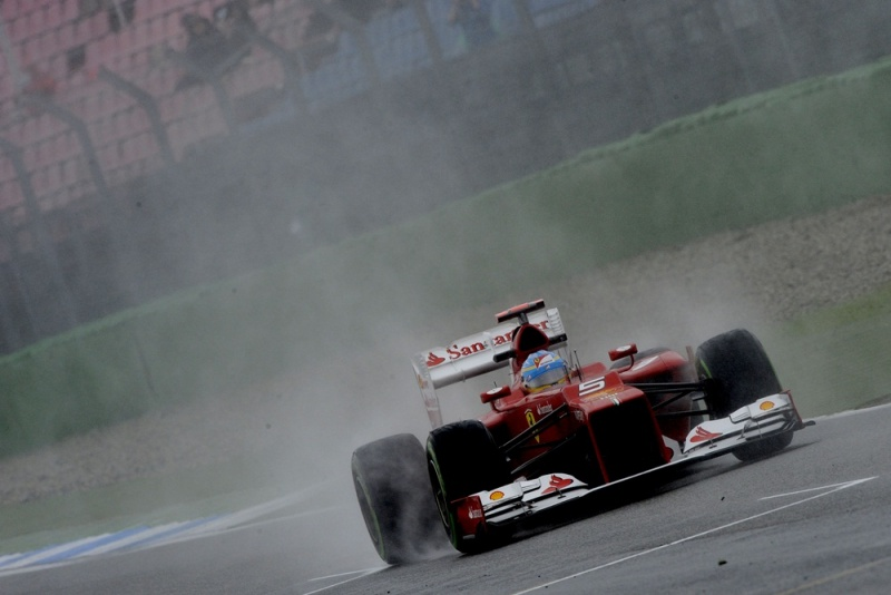 Alonso marca pole na Alemanha