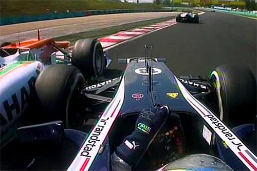 Toque entre Maldonado e Di Resta