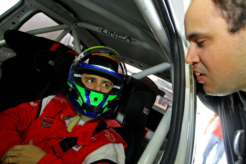 Felipe Massa dentro do Linea da Copa Fiat