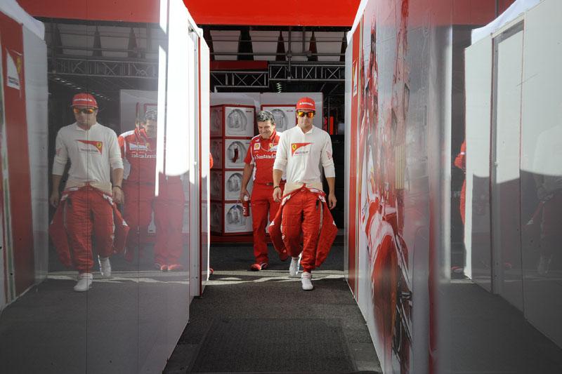 Alonso é líder do campeonato