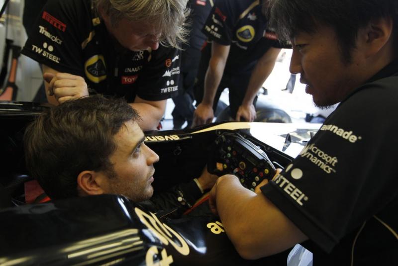 d'Ambrosio se preparando para ir à pista em Monza