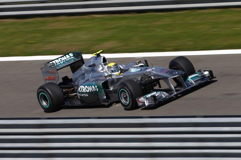 Nico Rosberg largou em terceiro e terminou em quinto