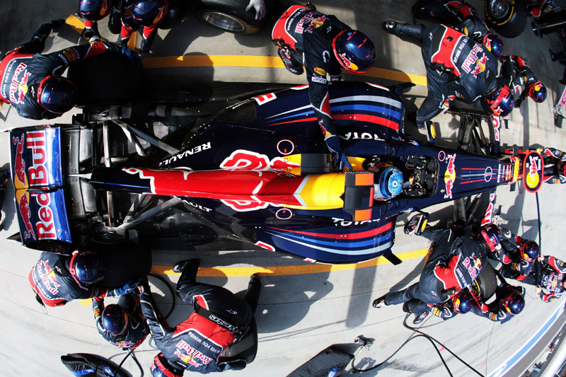 Vettel, em uma de suas paradas nos boxes na Turquia