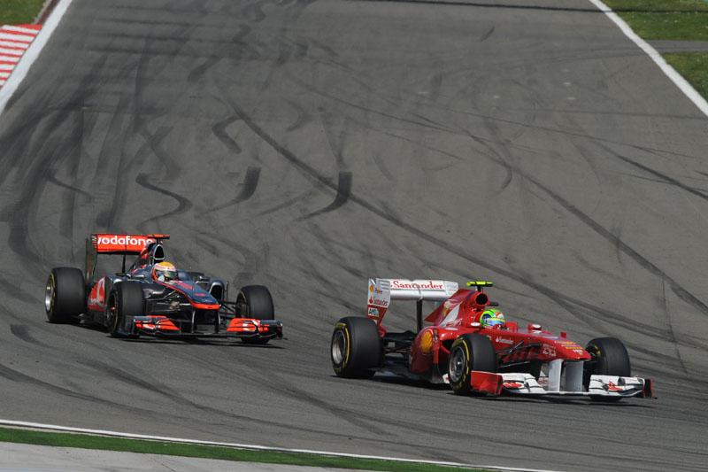 Massa brigou com Hamilton pelo quatro lugar no início da corrida