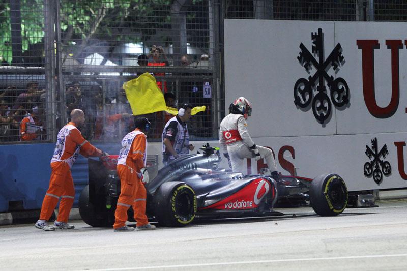 Hamilton perdeu vitória em Cingapura por problema de câmbio
