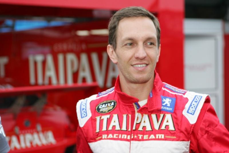 Burti fala sobre as novidades nos carros, pneus, destaques e um tal de Schumacher