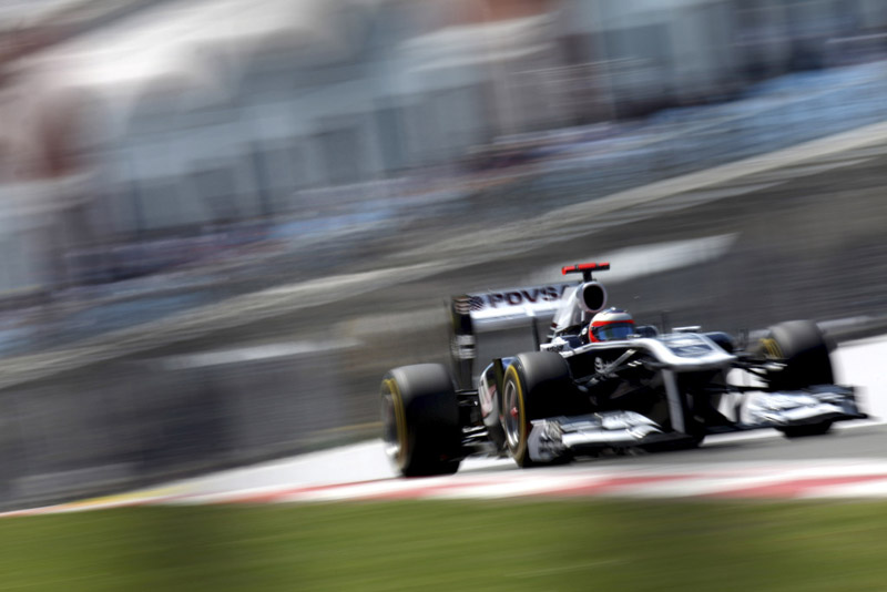 Barrichello parou quatro vezes e chegou em 15º na Turquia