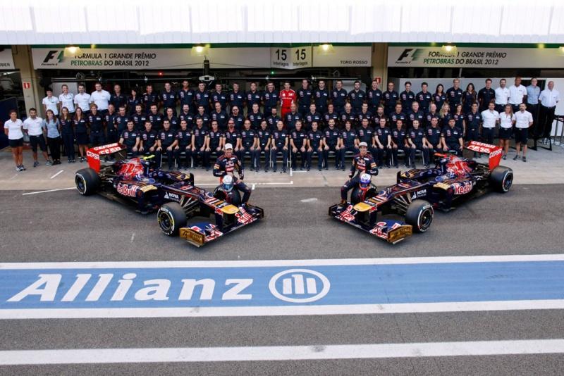 Equipe da Toro Rosso no GP do Brasil