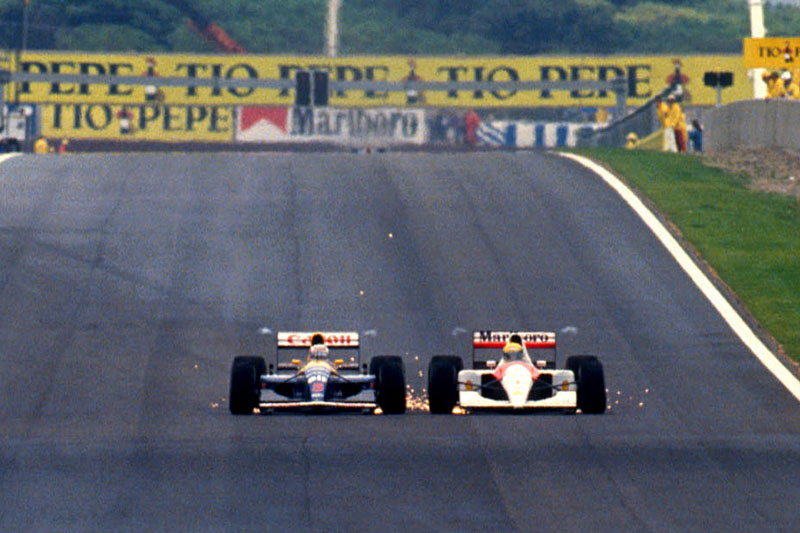 Mansell e Senna duelam na prova de 1991