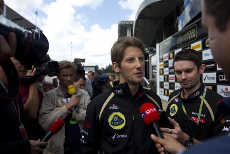Grosjean após acidente na Bélgica