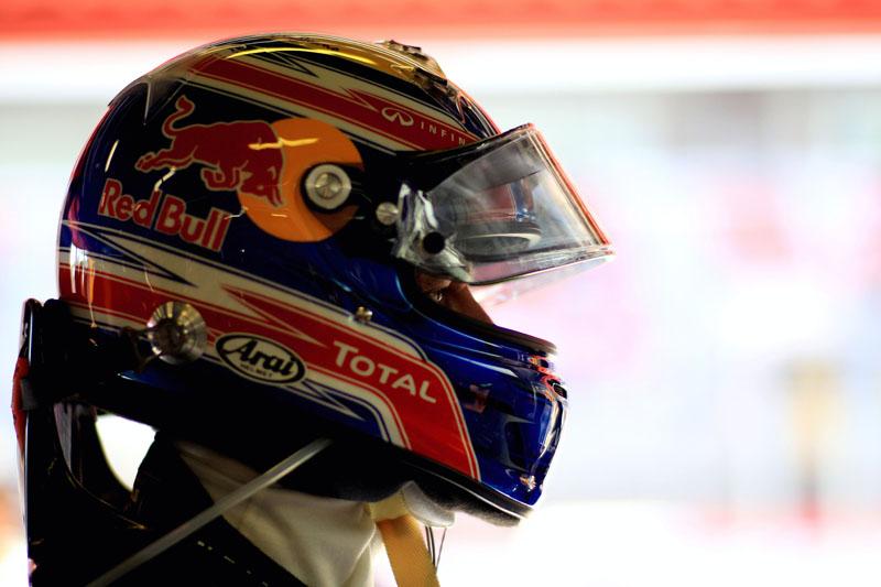 Webber faz sua primeira pole do ano