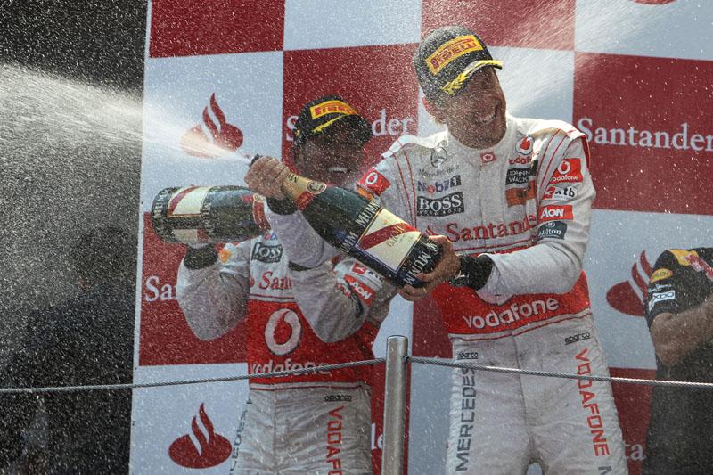 Hamilton acredita que McLaren está ainda mais próxima da Red Bull