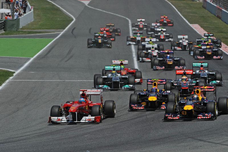Alonso liderou as primeiras voltas do GP da Espanha