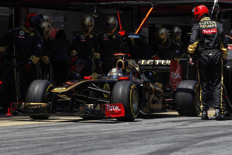 Heidfeld chegou colado nas Mercedes
