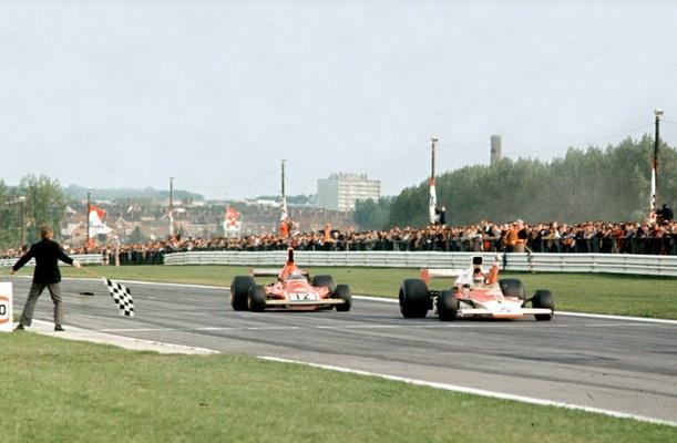 Emerson Fittipaldi vence no Canadá em 1974