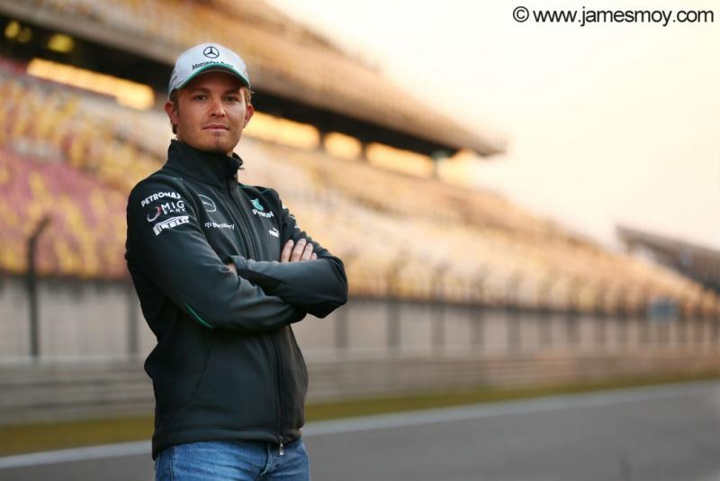 Desde que está na Mercedes Nico lidera GP da China