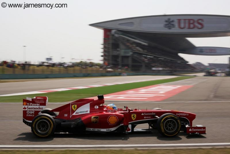 Alonso durante a classificação