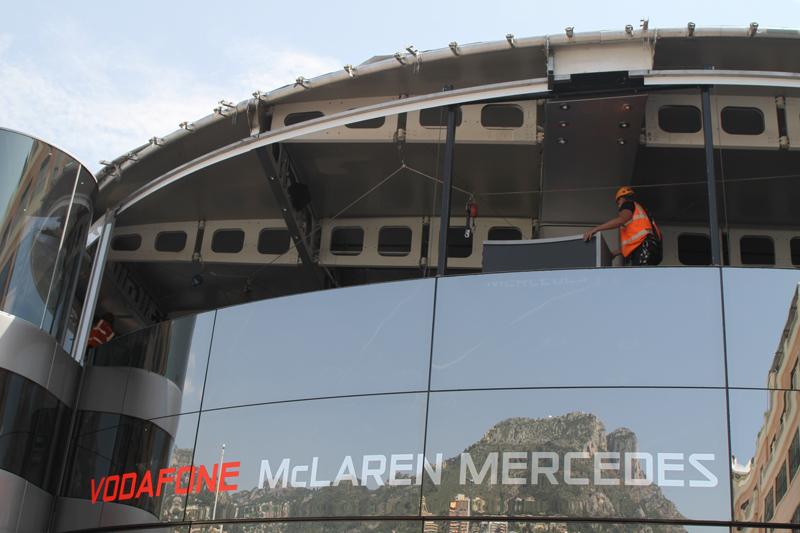 Motorhome da McLaren é um dos que ainda não está pronto