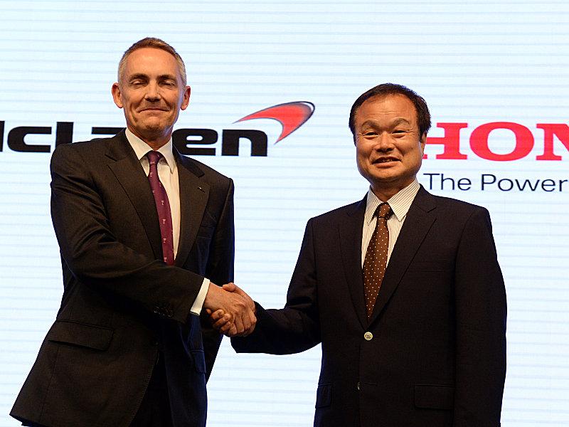 Whitmarsh e Takanobu Ito, presidente da Honda