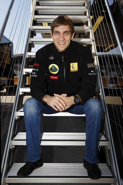 Vitaly Petrov começa seu segundo ano na Fórmula 1