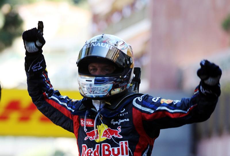 Vettel comemora primeira posição em Mônaco