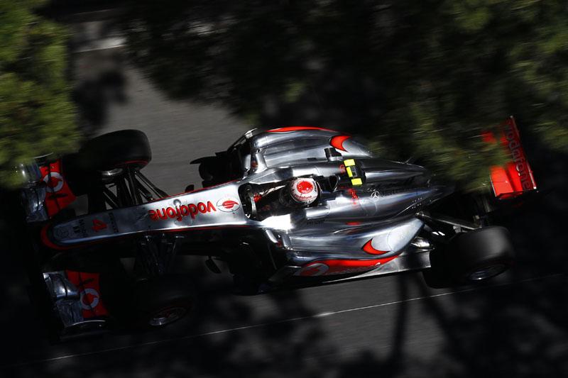 Button pilota carro da McLaren em Mônaco