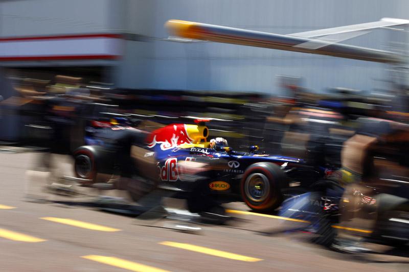 Vettel faria apenas uma parada em Mônaco, não fosse a bandeira vermelha