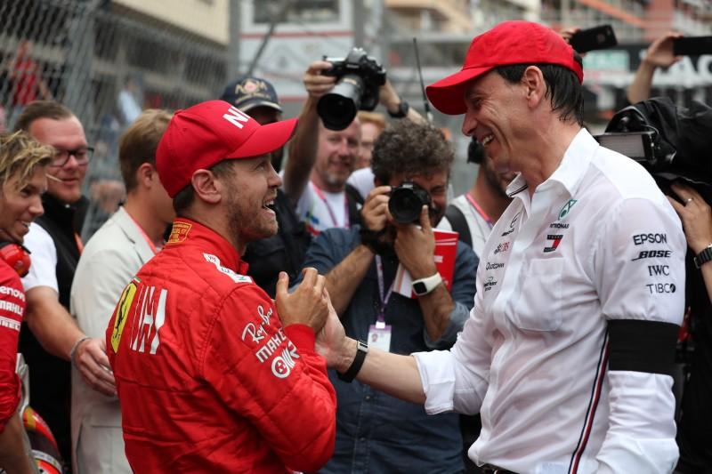 Sebastian Vettel Toto Wolff Ferrari Scuderia Ferrari Mission Winnow F1 ~Sebastian Vettel (Ferrari) und Toto Wolff ~