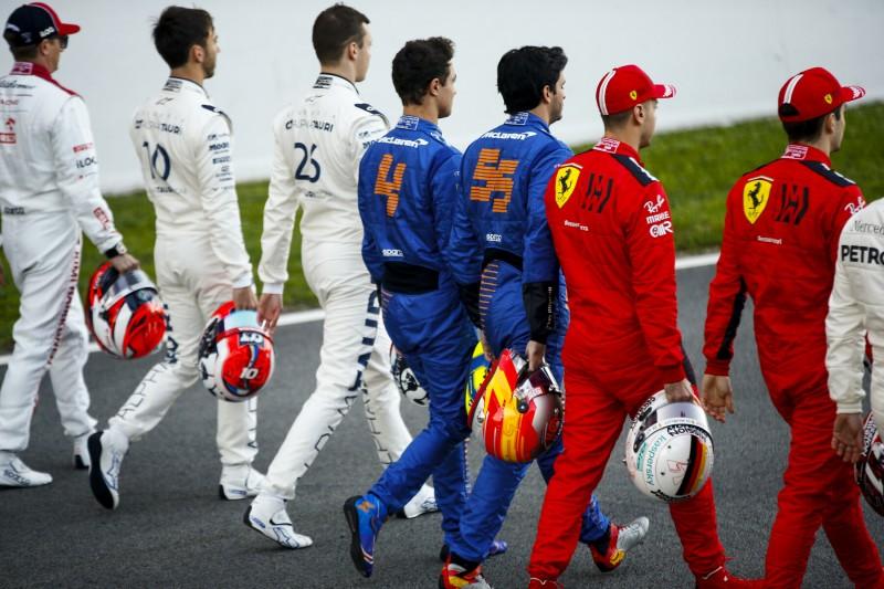 Daniil Kwjat Lando Norris Carlos Sainz Sebastian Vettel Charles Leclerc Ferrari Scuderia Ferrari Mission Winnow F1McLaren McLaren F1 Team F1 ~Daniil Kwjat (AlphaTauri), Lando Norris (McLaren), Carlos Sainz (McLaren), Sebastian Vettel (Ferrari) und Charles Leclerc (Ferrari) ~