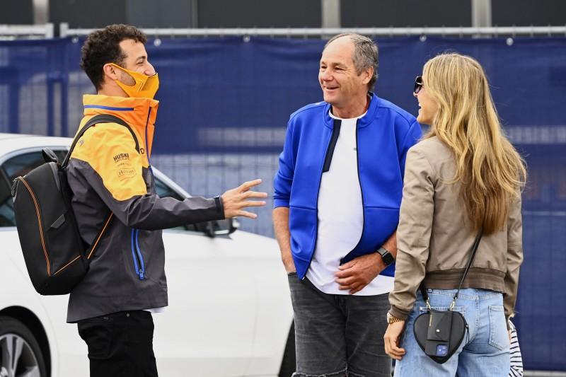 Daniel Ricciardo Gerhard Berger McLaren McLaren F1 ~Daniel Ricciardo (McLaren) und Gerhard Berger ~