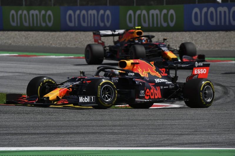Max Verstappen Alexander Albon Red Bull Red Bull F1 ~Max Verstappen (Red Bull) und Alexander Albon (Red Bull) ~